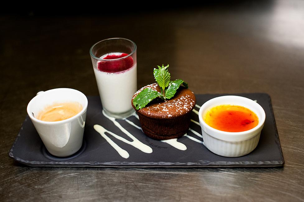 Caf 233 Gourmand Restaurant La Rade Toulon Var 83